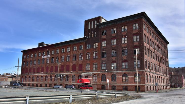 Fairbank Properties Of Albany Wants To Convert 2 River St Near Rus Sage College Into