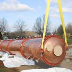 See Luxco install a 4-story still at Kentucky distillery (Photos)