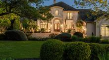 Private & Gated Estate in Seven Oaks