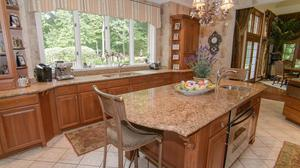 516 Spanish Tract, Sewickley  Perfect Sewickley Heights location. Incredible new price!