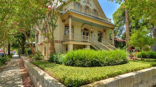 Majestic, Yet Wonderfully Urban King William Home