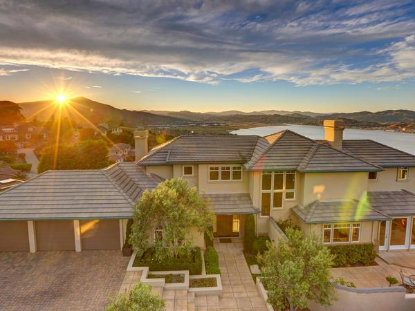 Stunning Tiburon Home with Dramatic Views!