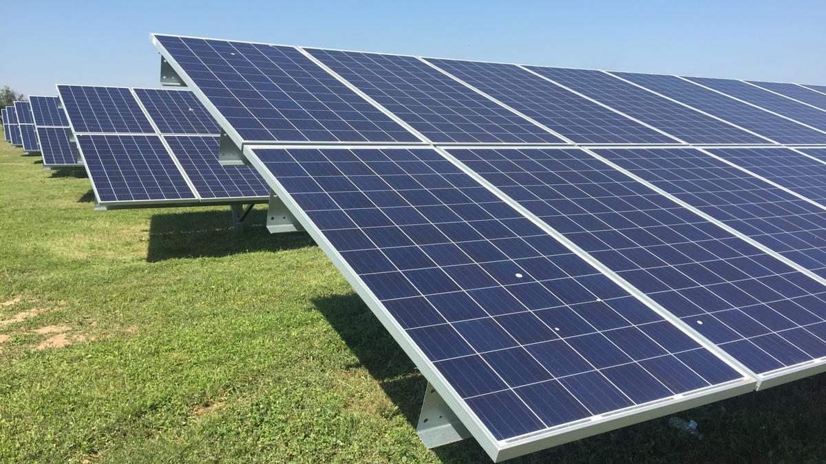 toyota debuts solar panels at japanese automaker 39 s san antonio plant san antonio business journal. Black Bedroom Furniture Sets. Home Design Ideas