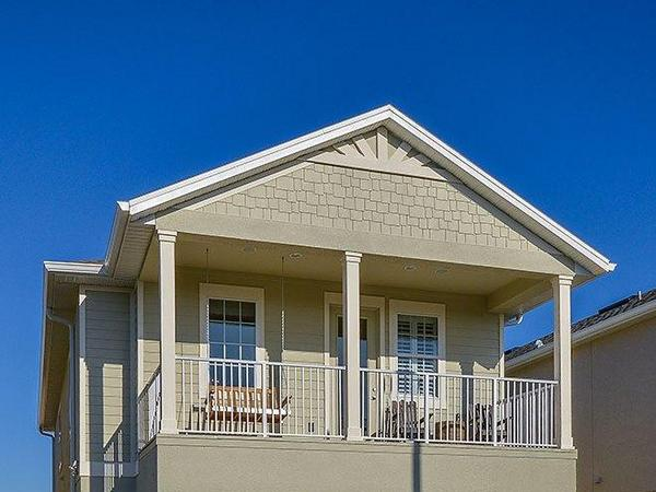 Bungalow for Sale in The Cove at Hamlin in Winter Garden