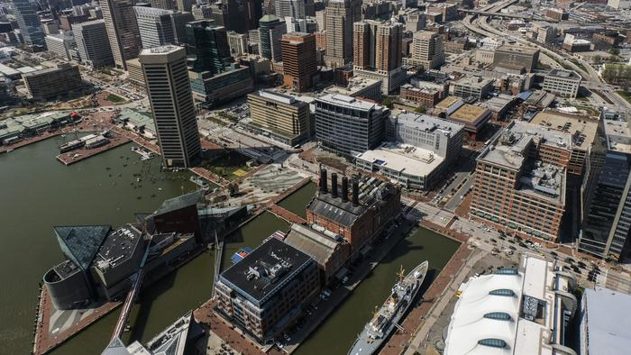 Baltimore harbor water still gets failing grade, but less rain in 2016 shows potential