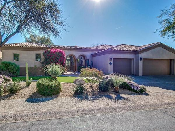 Beautiful Property with Stunning Views of the McDowell Mountains