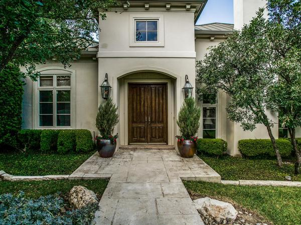 Exquisite Two Story Set Against Gorgeous Grounds