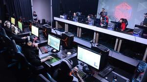 eSports looks to grow beyond digital distribution & young male fans