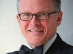 Cincinnati Pops extends John Morris Russell contract