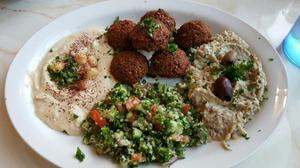 Middle Eastern and Mediterranean restaurant Baba Ghanouj closes