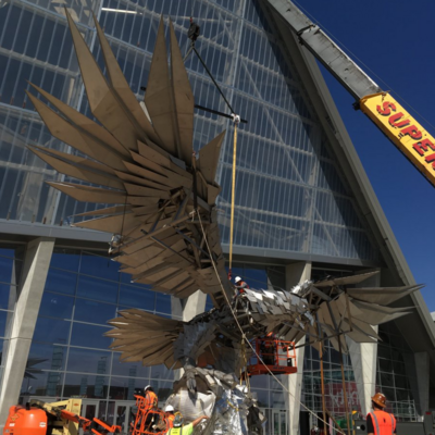 Mercedes benz stadium in atlanta begins installing world s for Who owns mercedes benz stadium