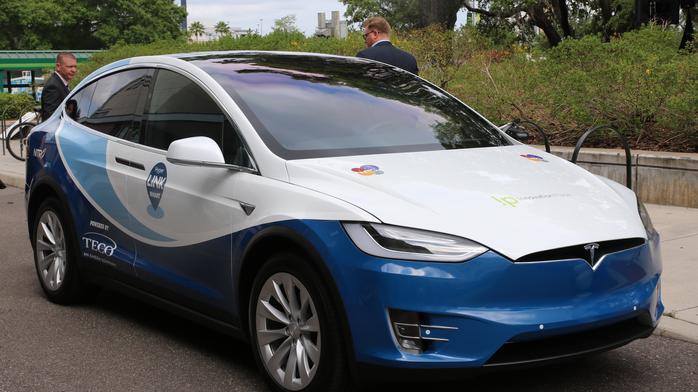 Transit authority deploys four Tesla SUVs around USF (Photos)