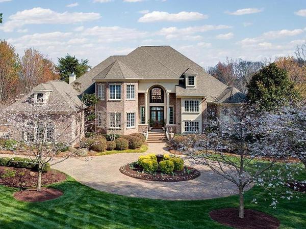 Masterfully Designed Lake Norman Estate