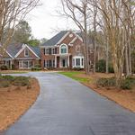 Home of the Day: Luxury Estate in Exclusive Swans Mill