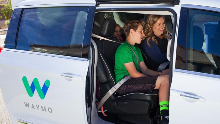 Waymo now offering free rides in self-driving vehicles on Phoenix-area streets