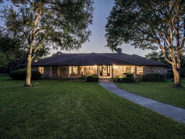 Beautiful Custom Home in Private Community