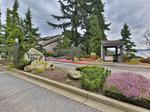 Home of the Day: Elegant Yarrow Point Home Overlooking Lake Washington