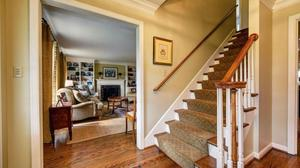 Pristine Maryhill Estates is a Charmer!