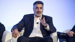 Cloudera raises $225M in IPO that tops targets but slashes valuation