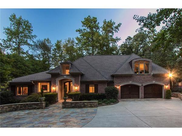 Elegance and Sophistication in East Cobb!