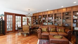 Landmark Bend Home