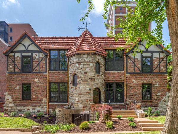 Home of the Day: Fabulous Rehab by Period Restoration!