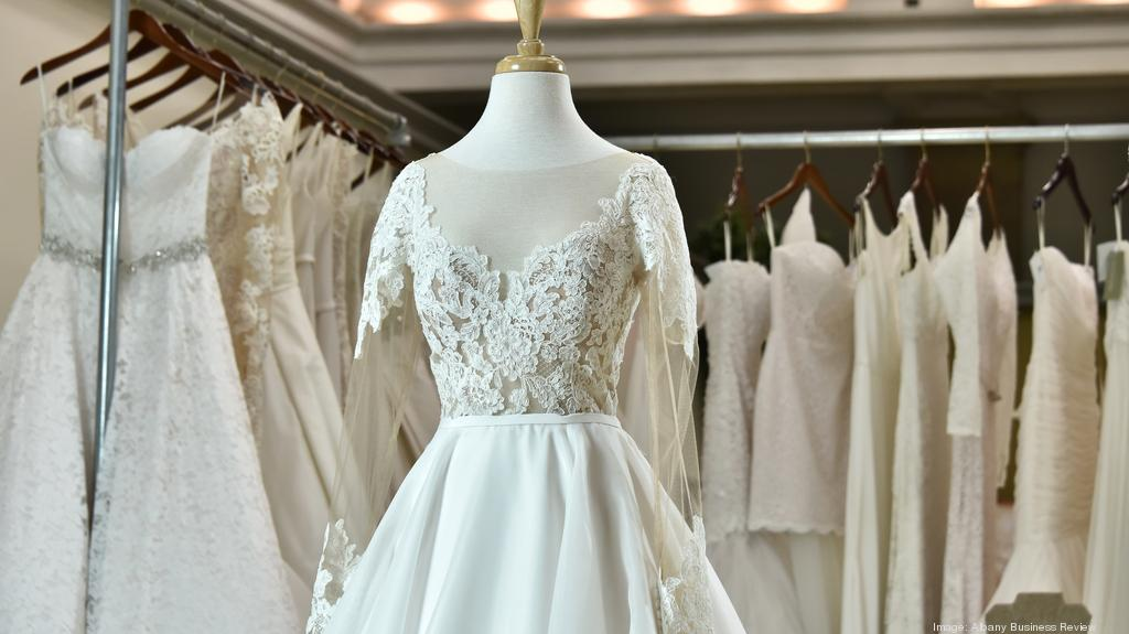 Wedding dresses in Steuben
