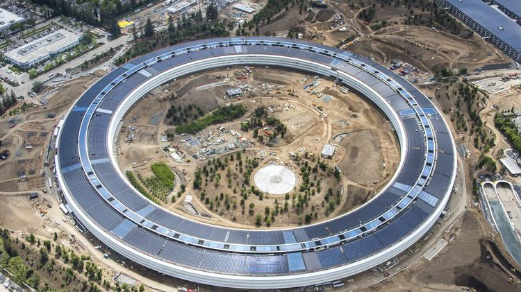 Apple Park The Tech Giants 28 Million Square Foot Megacampus Opened This