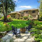 Home of the <strong>Day</strong>: Bainbridge Island Abode Blends Classic Craftsmanship With Stylized Comfort