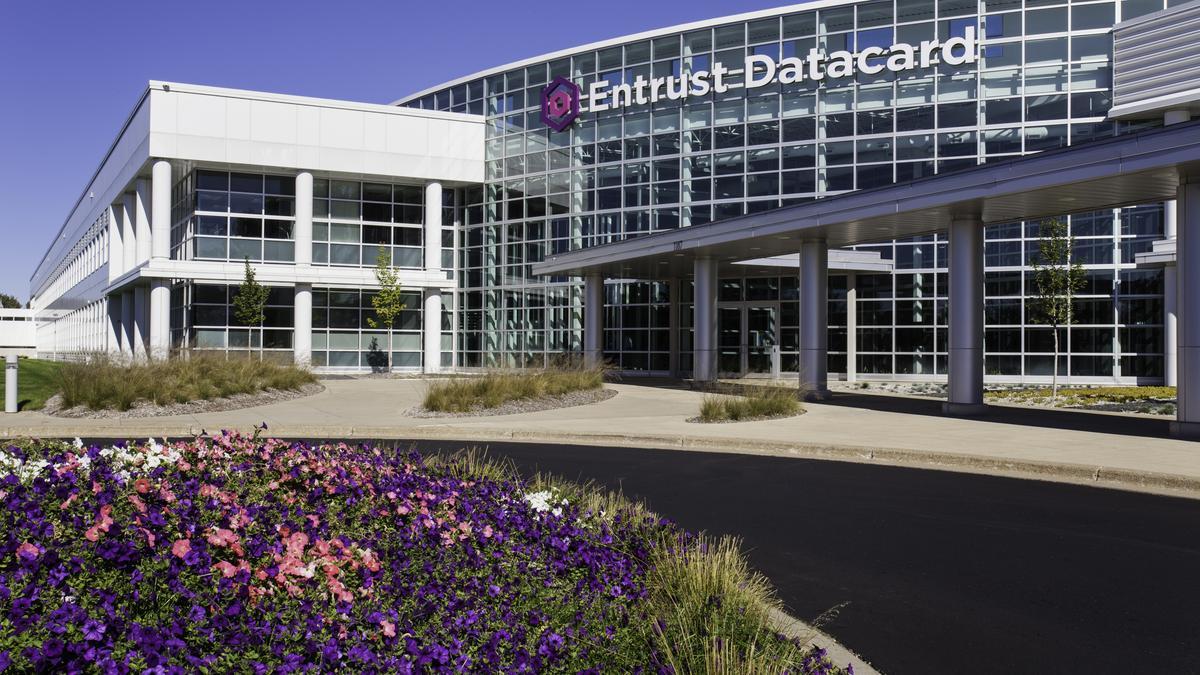 Cool Offices Entrust Datacard Highlights Movement