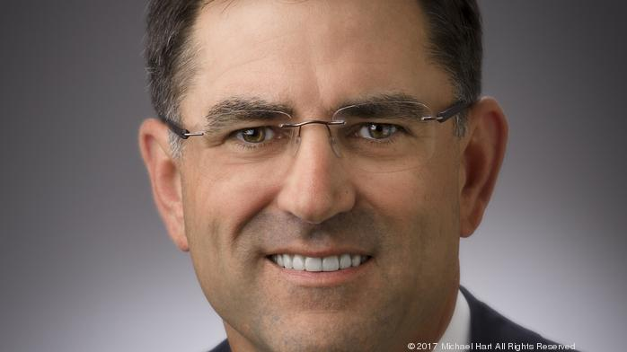 Halliburton, Schlumberger beat analysts' expectations, optimistic about 2018