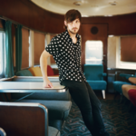 ​Q&A: Country music singer-songwriter Charlie Worsham talks Vince Gill, Leslie Fram, arts education