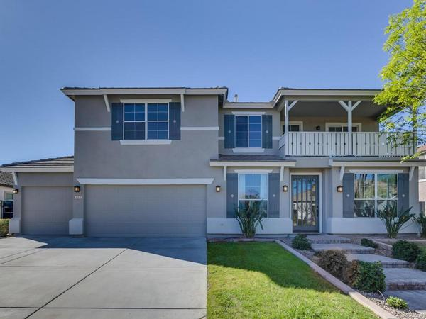 Stunning Family Home that is Move-In Ready!