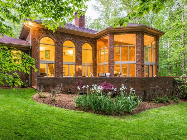 Beautiful Country Retreat Home on 25 Acres