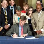 <strong>Hickenlooper</strong> signs construction-defects reform into law -- but will it work?