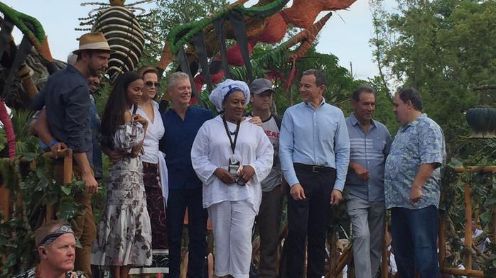Disney, Avatar cast welcome guests to Pandora at Animal Kingdom