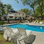 Home of the Day: Summer Oasis in Parkwood Knolls