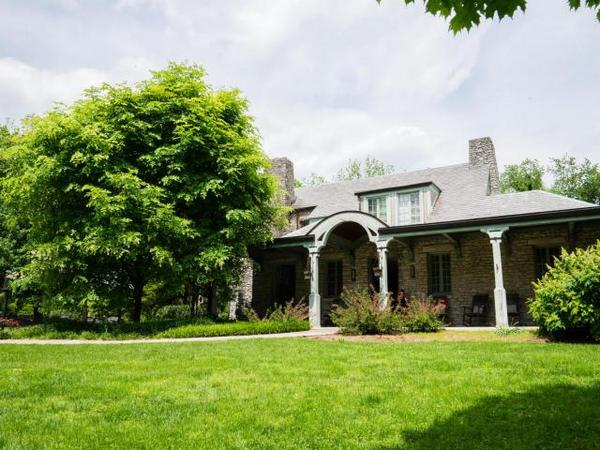 Stonecote Estate : Country Living Meets City Life inside the Watterson