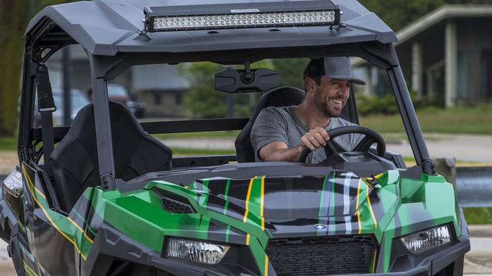 Aaron Rodgers gives custom-made Polaris products to his offensive linemen
