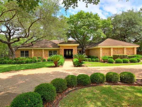 Elegant Estate in West Austin
