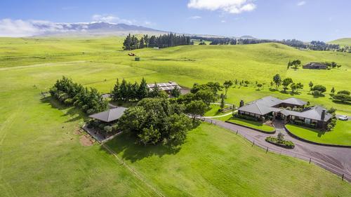 Exceptional Hawaiian Equestrian Estate