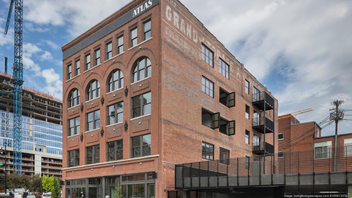 All Star Trio Turns Atlas Building Into Top Of Market