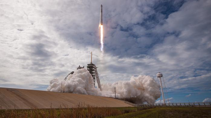 SpaceX successfully completes first launch in a weekend doubleheader