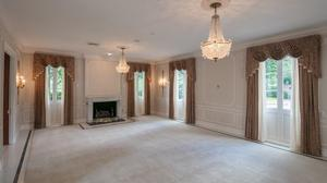 Meticulously Restored River Oaks Landmark Home