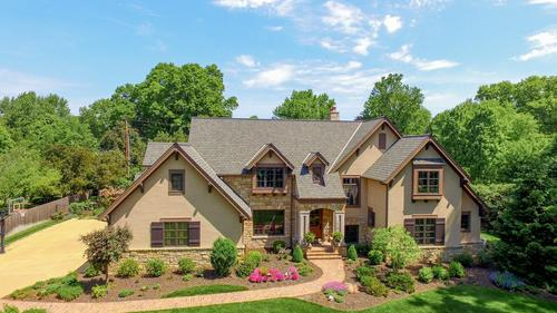 Exquisite Indian Hills Masterpiece