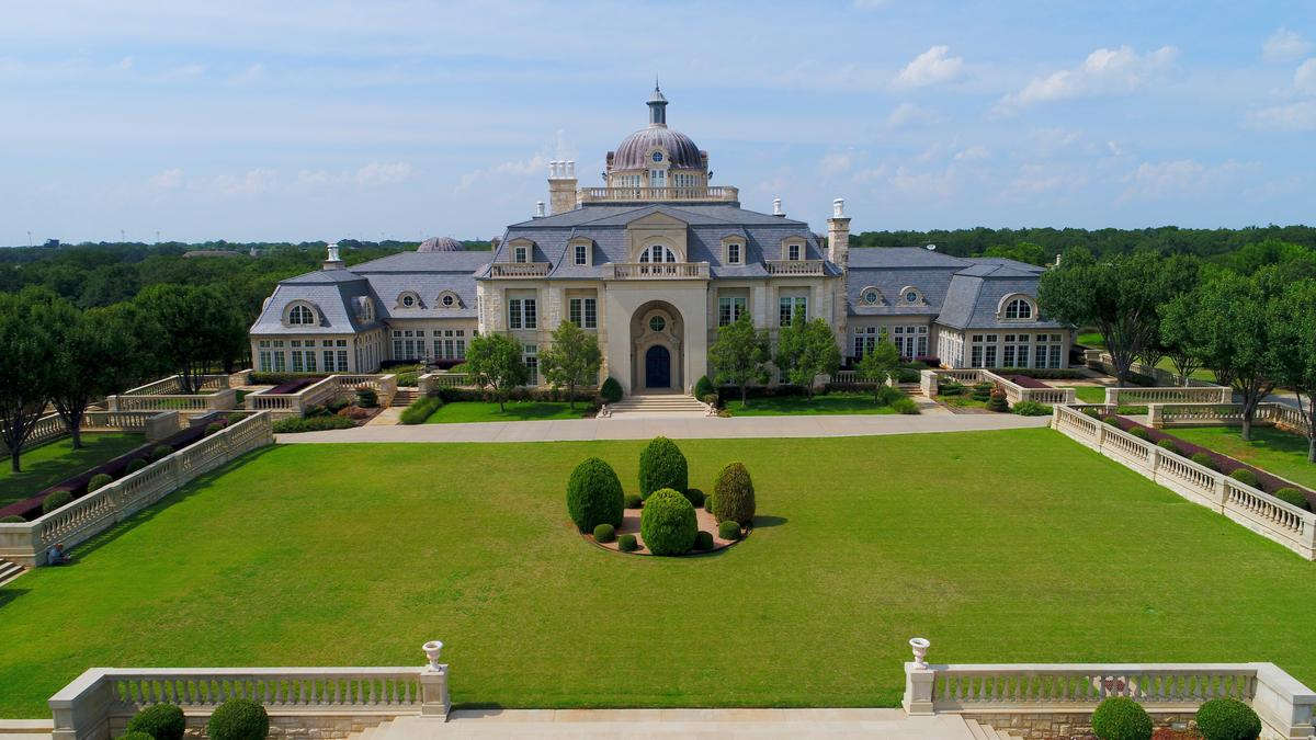 Palatial Champ D Or Estate In Denton County To Hit Auction