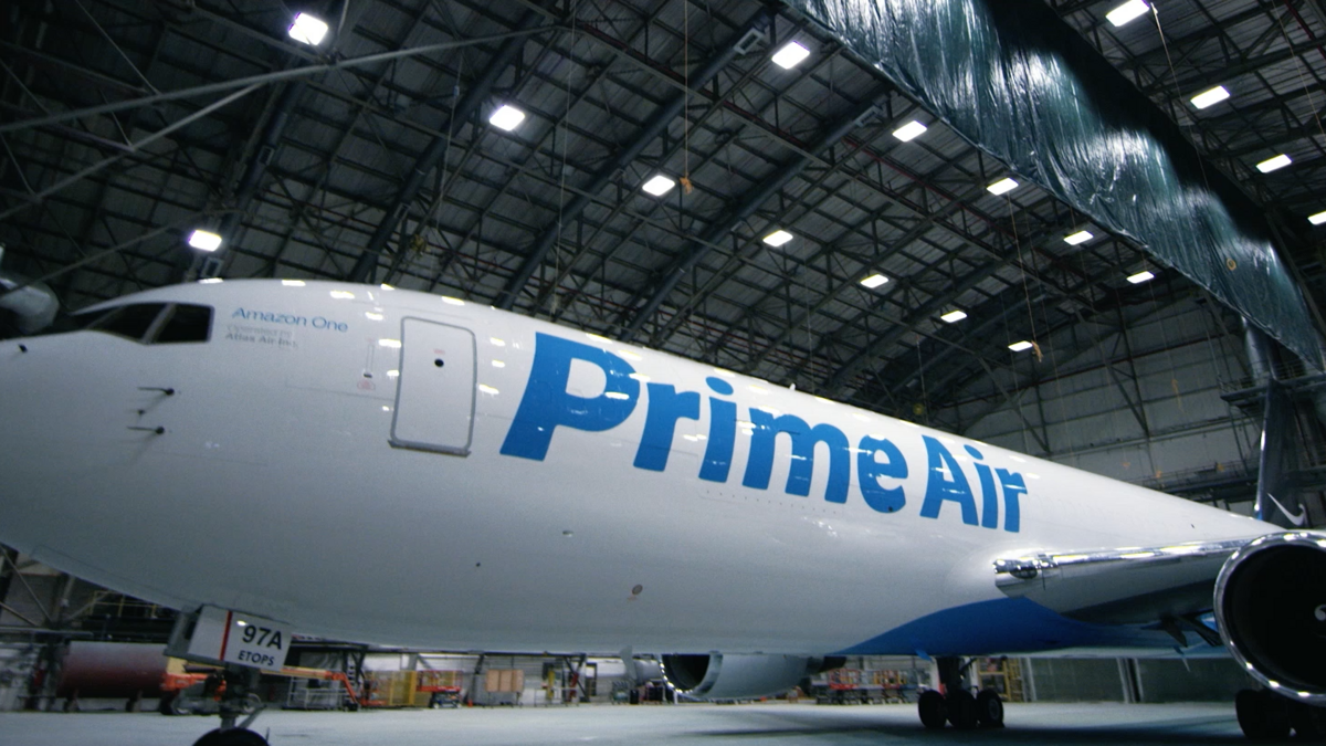 amazon fights the faa over hazardous cargo as it grows prime air freighter fleet memphis. Black Bedroom Furniture Sets. Home Design Ideas