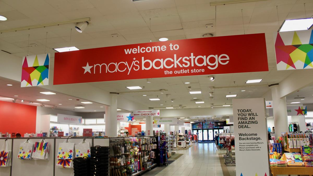 6676c164733 Inside look: Wisconsin's first Macy's Backstage debuts - Milwaukee ...