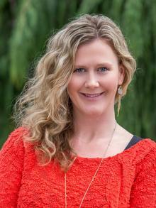 Leanne Bach