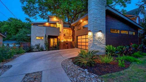 Modern Masterpiece Nestled in Central Austin